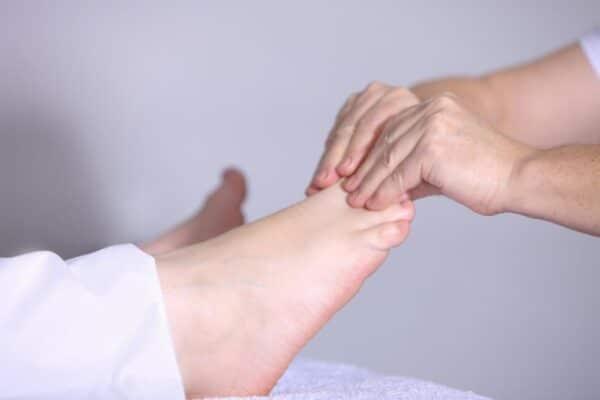 Gambe gonfie e piedi doloranti? Prova questo prodotto