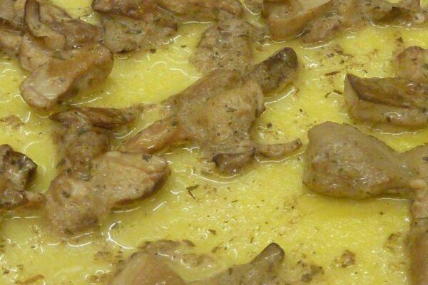 La polenta e il modo di cucinarla con il paiolo elettrico