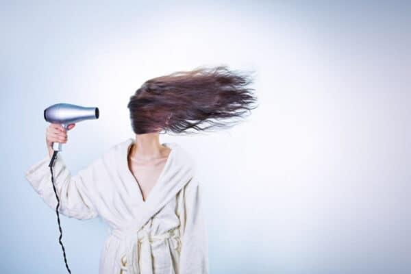 Riciclare gli asciugacapelli: puoi riuscire a farlo anche tu?
