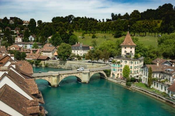 Lavorare come frontaliere in Svizzera, dove posso alloggiare?